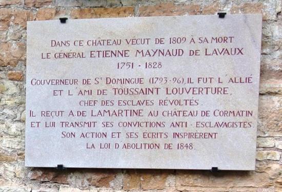 Plaque commémorative apposée à l'entrée du château de Cormatin