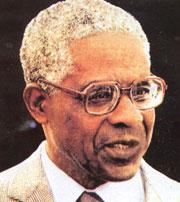 Aimé Césaire, fundador do movimento  da negritude