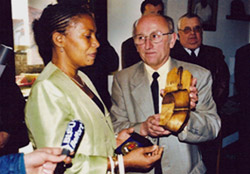 Mme Taubira en visite à la Maison de la Négritude de Champagney